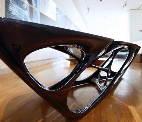 Zaha hadid 2008 design 12725 usa for Mesa table design by zaha hadid for vitra