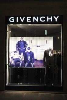 Givenchy r François 1er