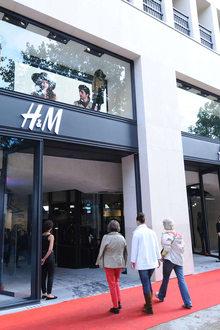 H&M ave des Champs Elysées
