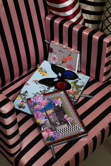 Lacroix Papier Fabrics Pour Dg Photo Gregoire Alexandre